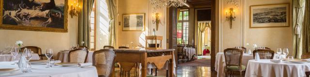 Pemière salle du restaurant < Château de Courcelles